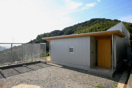 05-05.b-shimasaki.jpg