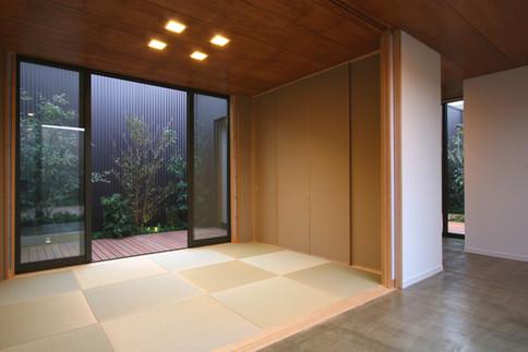 08-09.k-chikami.JPG