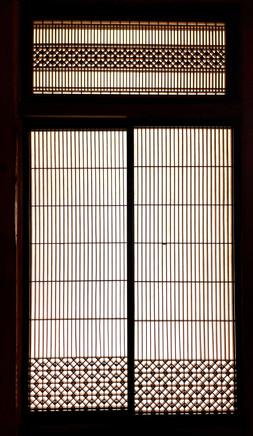 長野県伝統工芸の組子細工と欅の建具