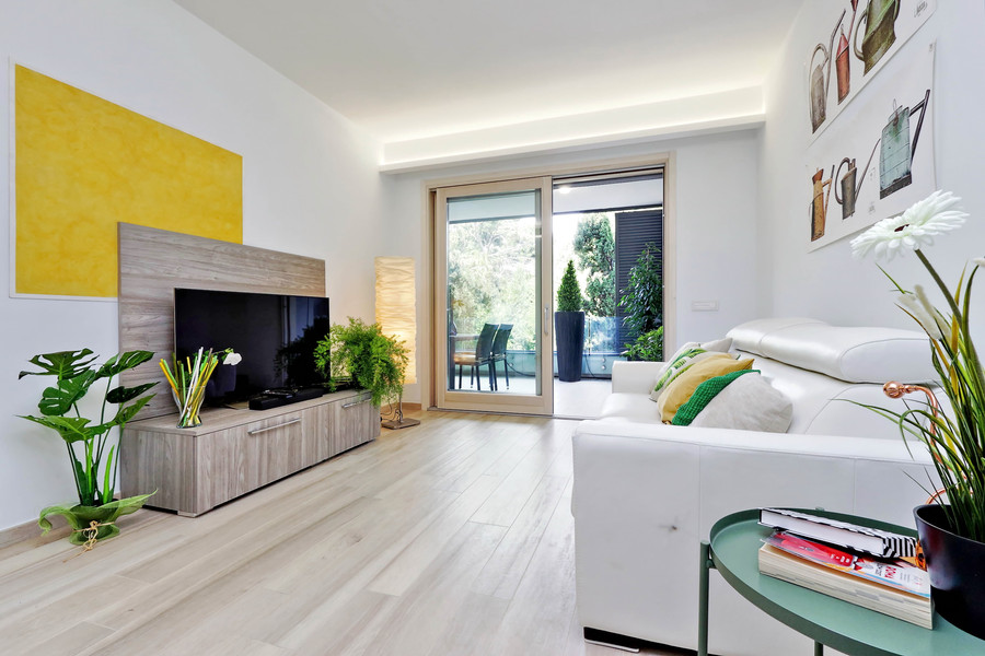 Green terraced apartment