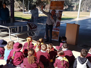 Uncle Len Waters taught Gamilaroi language to the children at Walhallow Public School