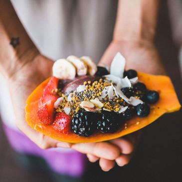 Postre de la fruta tropical
