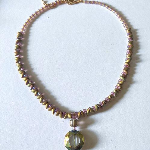 """""""Misfit"""" necklace"""