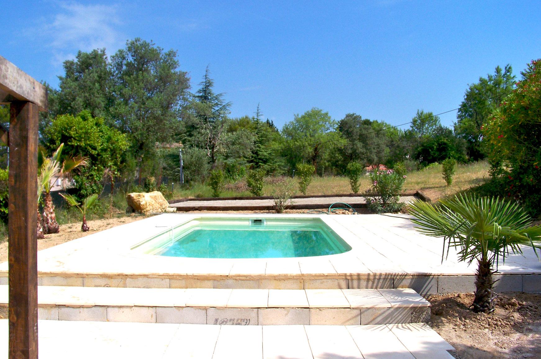 piscine-le-domaine-lorgues.jpg