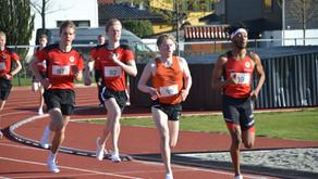 Fellestrening fra neste uke. Alf Ante (20) og Mathea (18) løper i helgens jr NM på Askøy