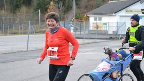 Karmøy rapport 3: Trond Vatnaland løp  maraton for 7.gang, Lise Lithun (bildet) for 8.gang