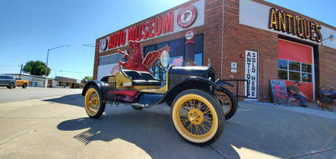 Frontier Auto Museum and Antiques