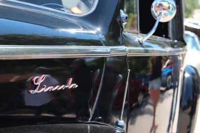 Lincoln Frontier Auto Museum Car Show