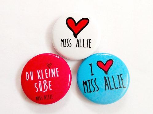 Miss Allie Buttons