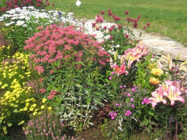 gates-flowers