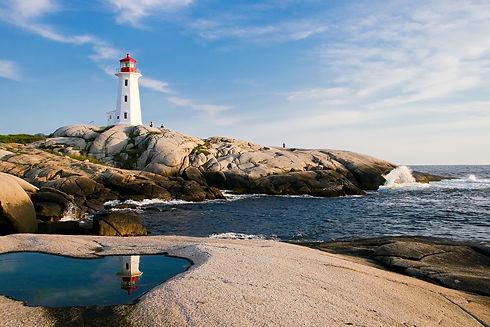 lighthouse-1872998_1920.jpg