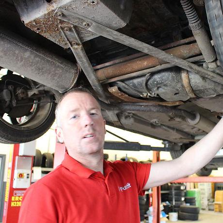 FASTFIT NI CAR SERVICING DOWNPATRICK (5).JPG