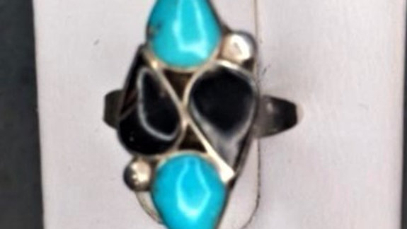 Old Pawn Turquoise and black Onyx Zuni style Ring
