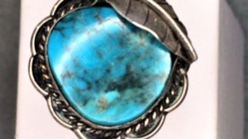 Spider Veined Rich Blue Turquoise Old Pawn Ring
