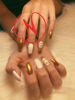 NiNi Acrylic 1