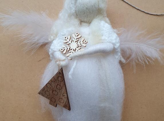 needle-felted-angel-2