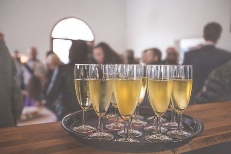 bar-drinks-party-champagne-16408.jpg
