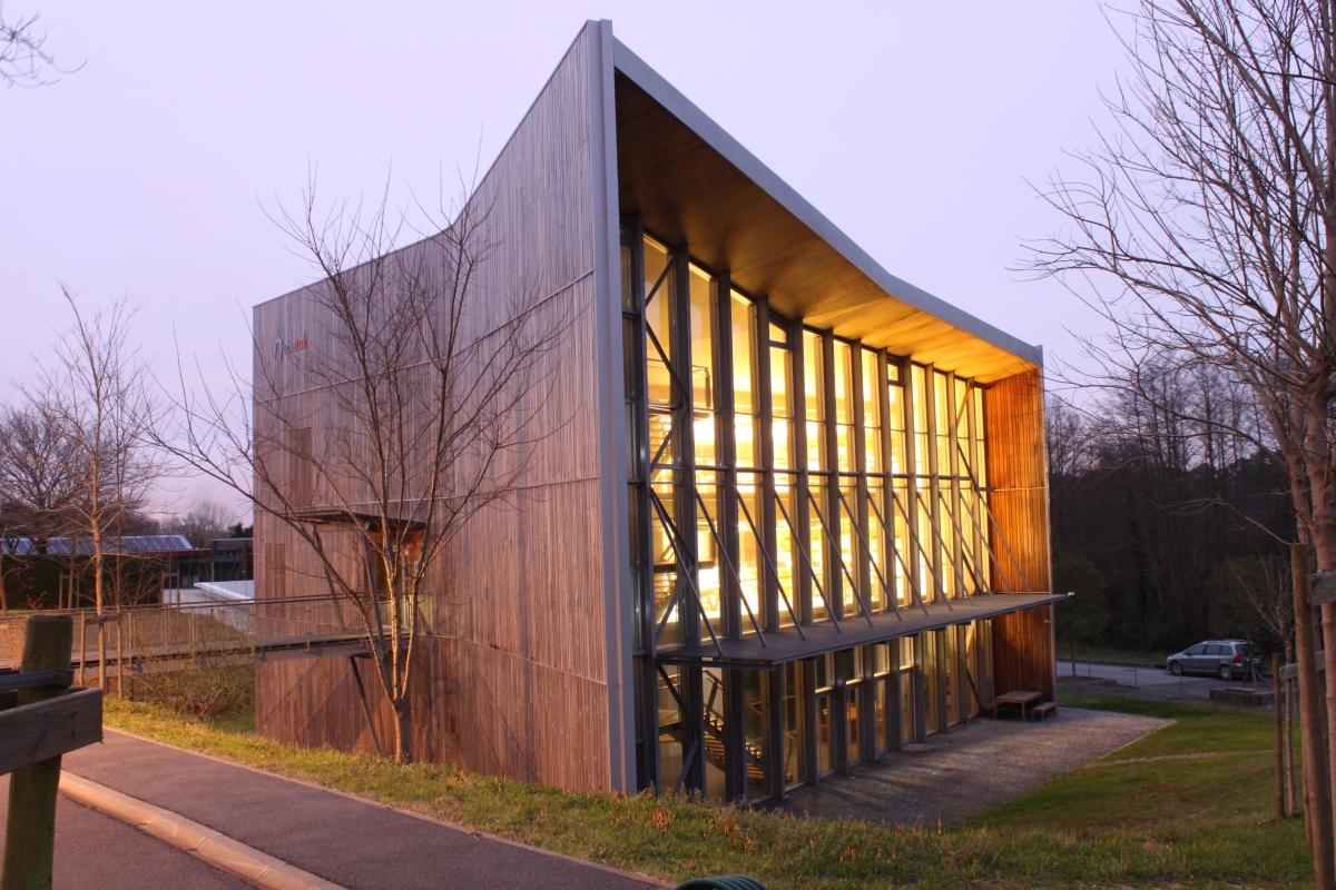 Edificio Nobatek