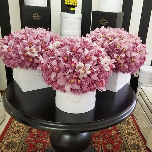 Deluxe Mix Orchids Round Box
