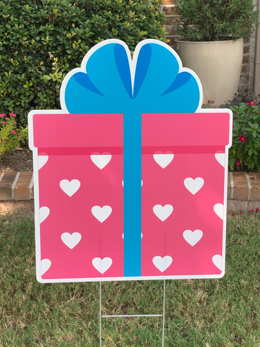 PINK BLUE AND HEARTS GIFT BOX