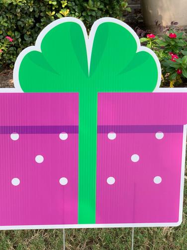 PINK GREEN GIFT BOX