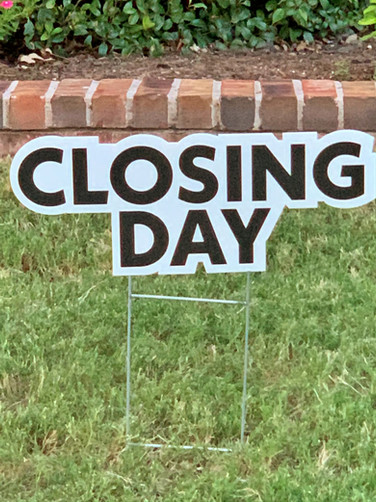CLOSING DAY
