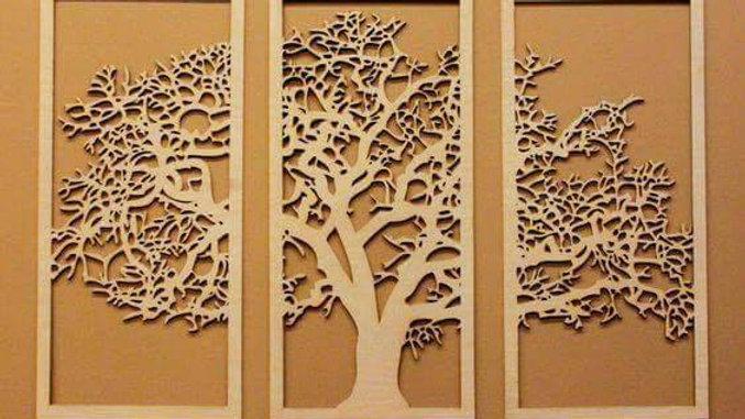 Cuadro de árbol dividido en 3 lienzos