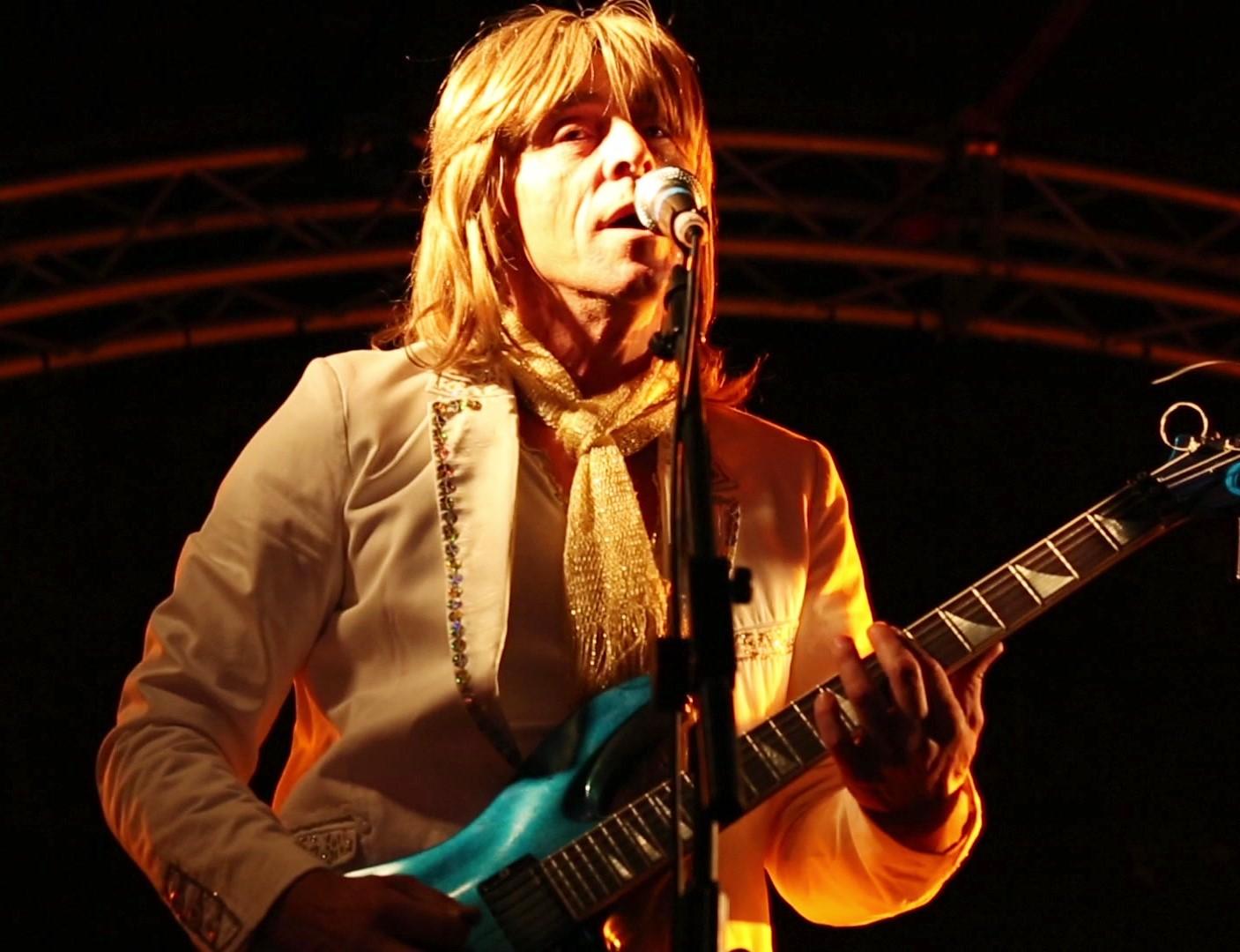 ABBA Chique guitarist