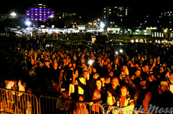 Crowd at ABBA Chique gig