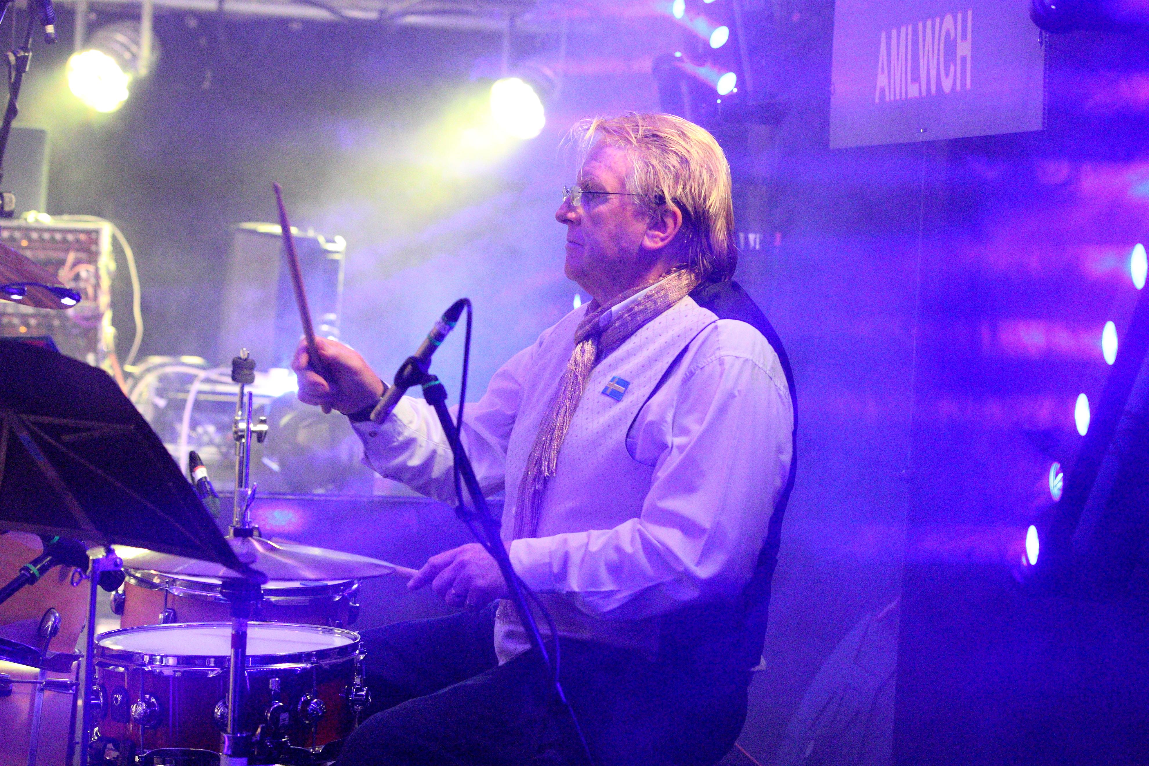 ABBA Chique drummer