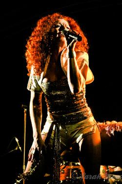 Frida ROCKS! ABBA Chique