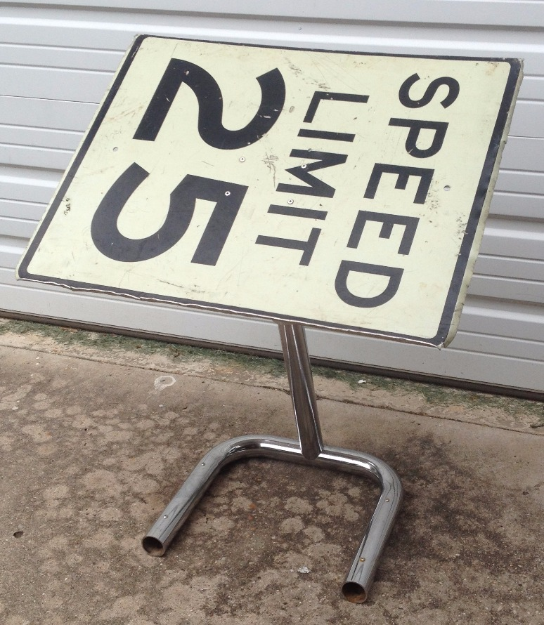 Street Sign Table