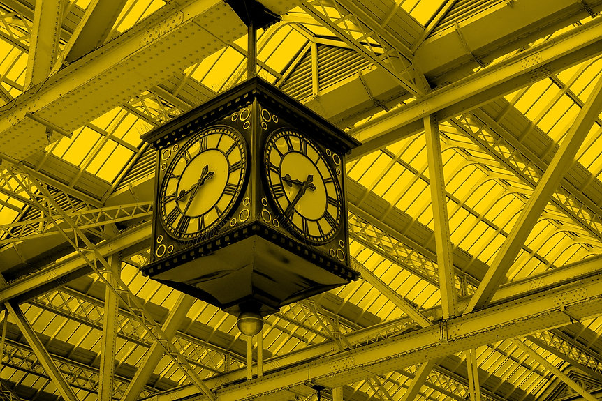 Meeting%20Point%20of%20Glasgow%20Central%20Train%20Station%2C%20the%20famous%20vintage%20clock._edit
