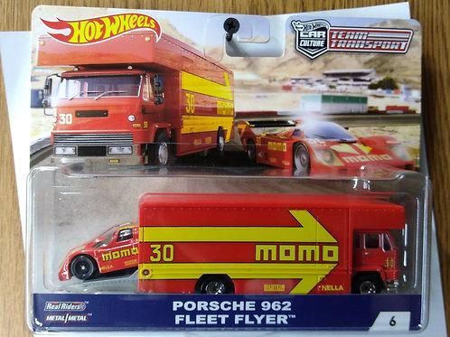 Hot Wheels Team Transport Porsche 962 & Fleet Flyer