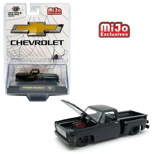 M2 MiJo Exclusives Black Widow 1973 Chevy Custom Deluxe 10  1:64 Scale