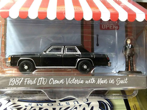 Hobby Shop GreenLight 1987 Ford Crown Vic LTD W/ Man in Suit  1:64 Sc