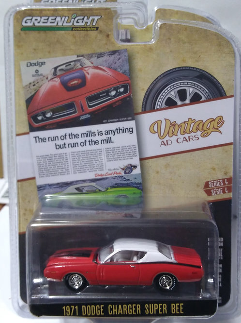 GreenLight Vintage AD Cars Series 1971 Dodge Charge Super Bee   1:64 Scale
