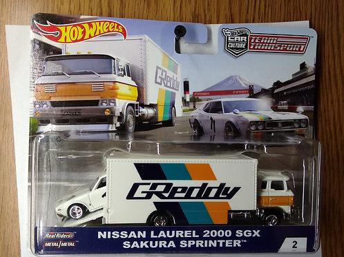 Hot Wheels Team Transport Nissan Laurel 2000 SGX & Sakura Sprinter