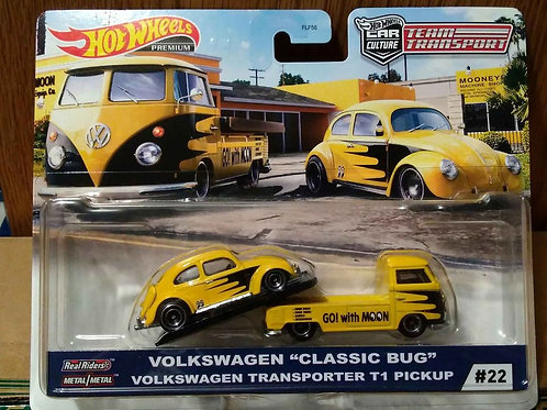 Hot Wheels Team Transport Series VW Classic Bug and Transporter T1 Pickup