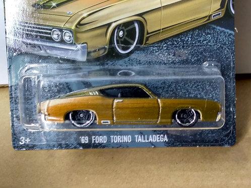 Hot Wheels  Fast and Furious 7 Series  '69 Ford Torino Talladega