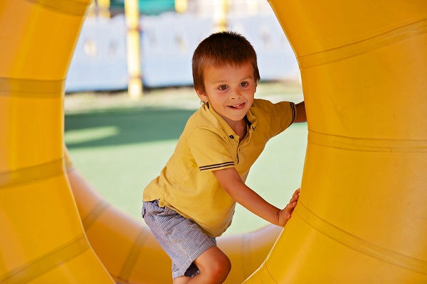 Boy-in-yellow-tunnel.jpg
