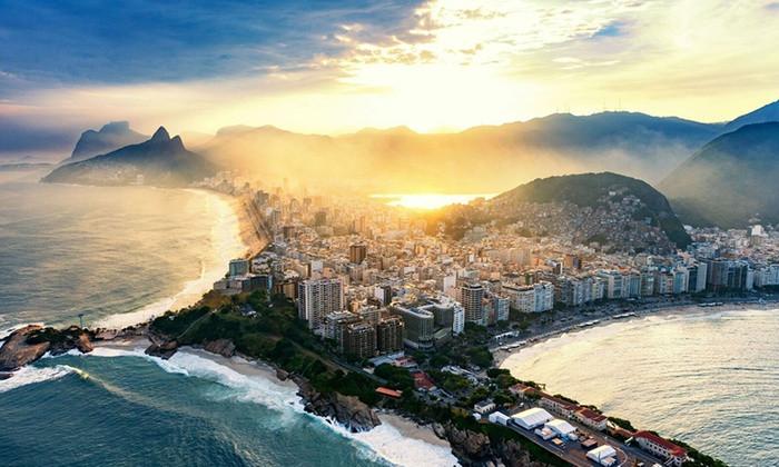 Rio-de-Janeiro-visto-de-cima.jpg