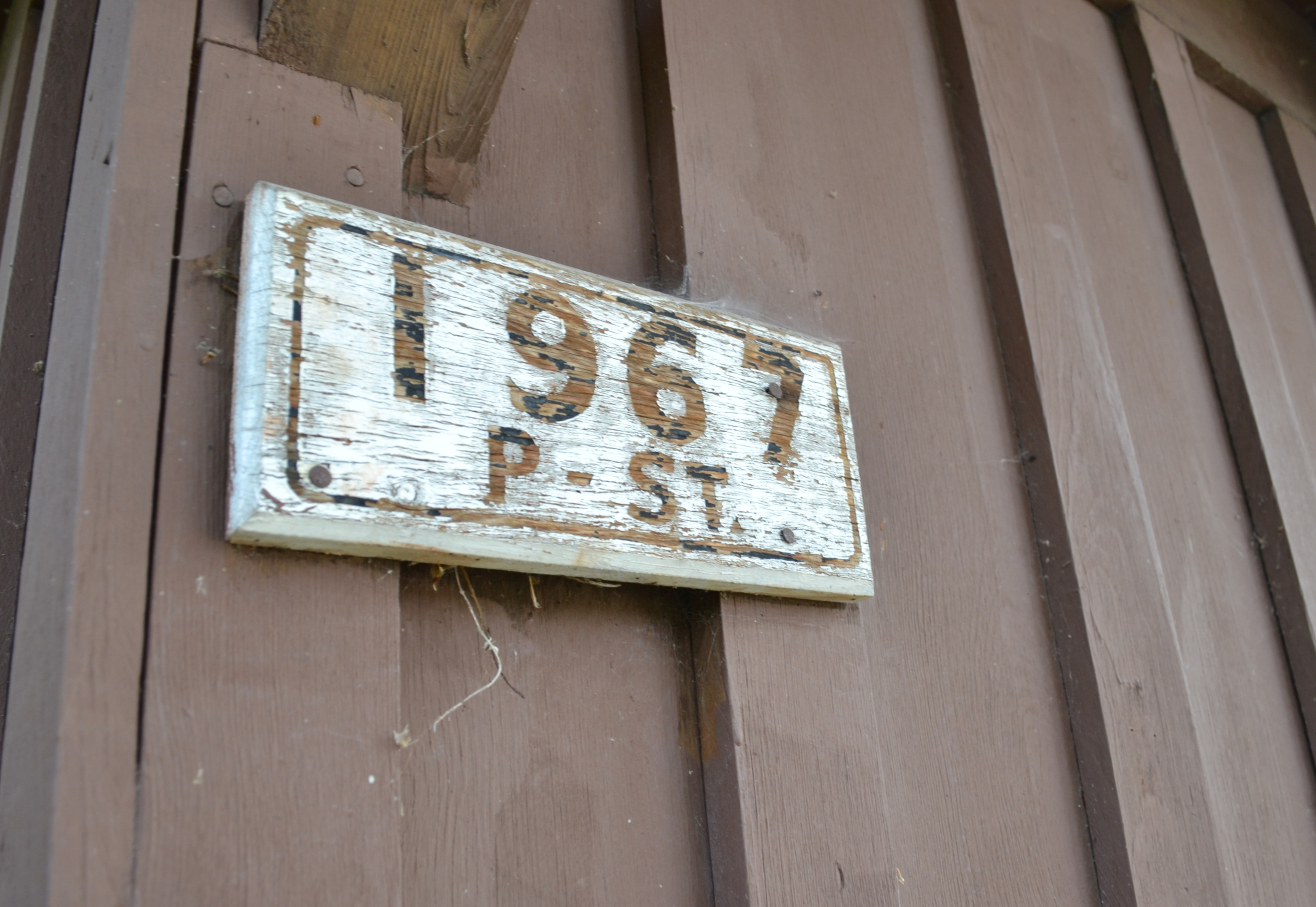 Original address sign