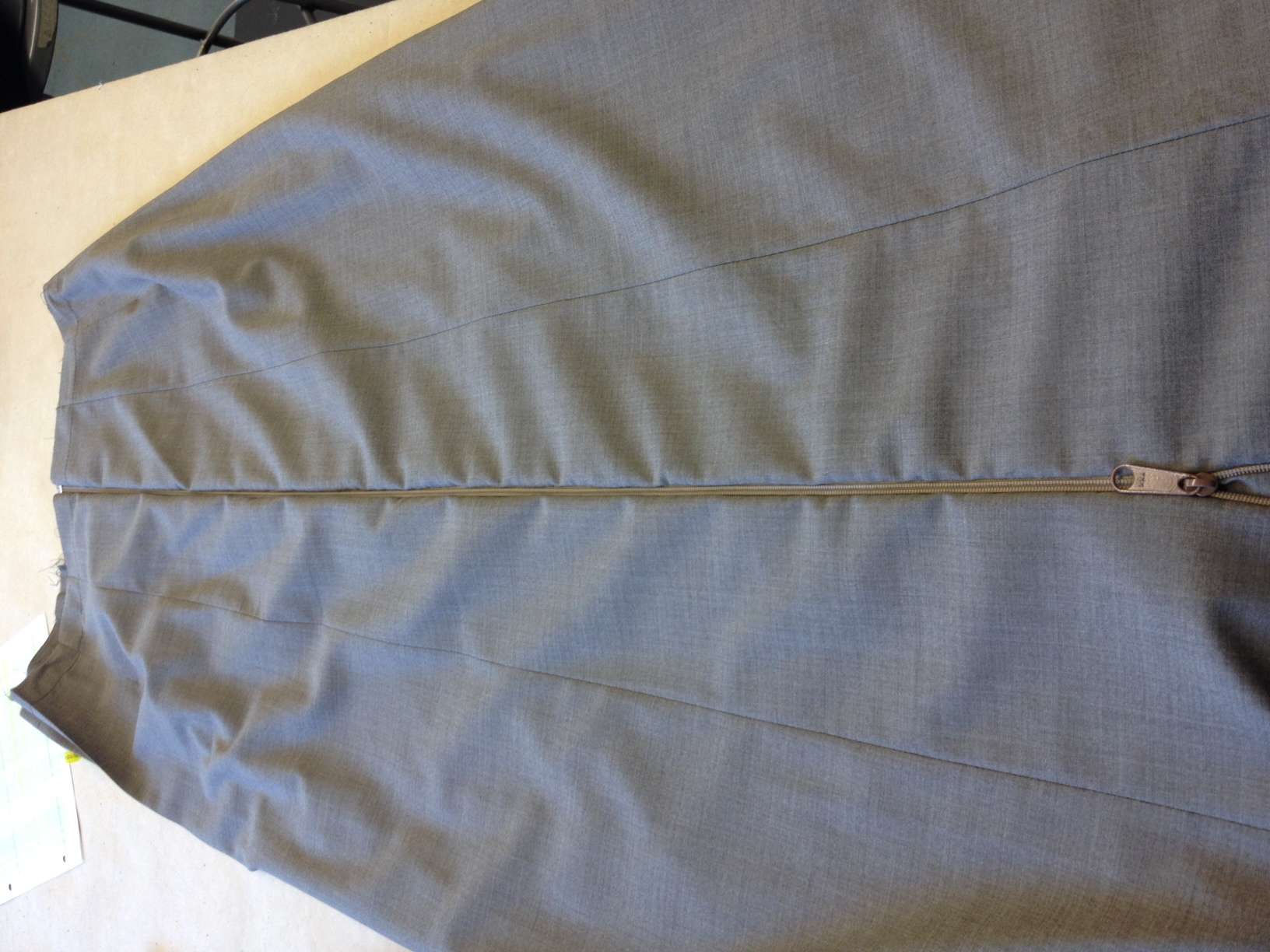 invisible zipper over pleats