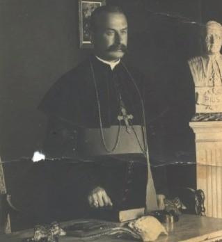 Delegati i parë Apostolik i Vatikanit