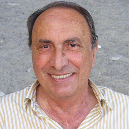 """Mario Bellizzi poeti që paralajmëroi poetin Ali Podrimja tek poezia  """"Dita e Ballkanit"""""""