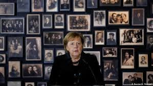 Në Izrael, për të përkujtuar 75-vjetorin e çlirimit të kampit të përqëndrimit nazist në Auschwitz