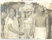 Shri Dattaswarupi Padmatai weighing cradle
