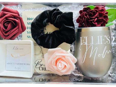 #RealWeddings: Bridesmaid Proposal Boxes