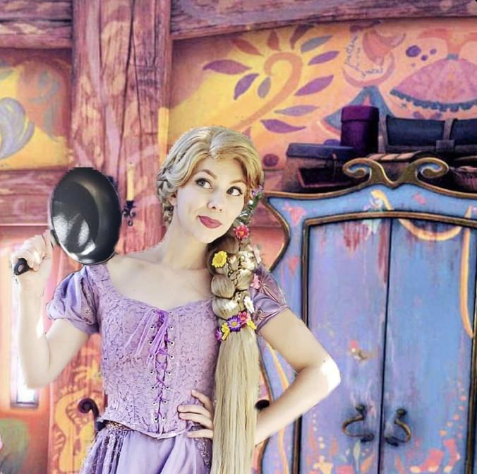 Rapunzel in her tower.jpg